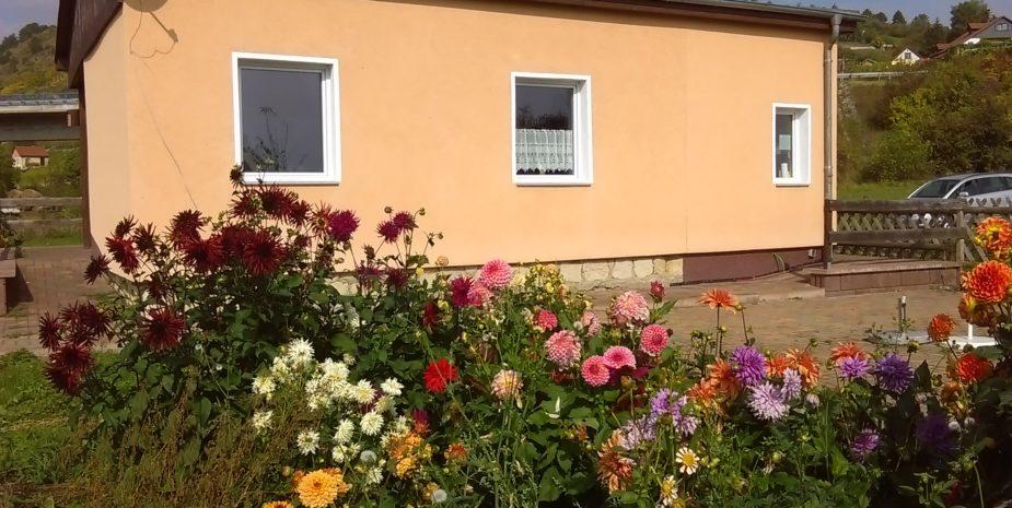 Ferienhaus Ehrauberge Ostseite mit Garten